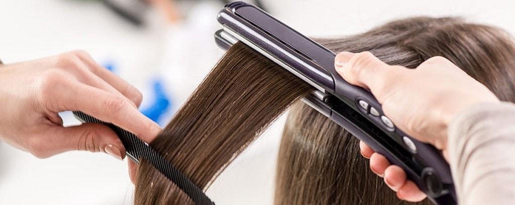 Cómo planchar el pelo: Te enseñamos a hacerlo